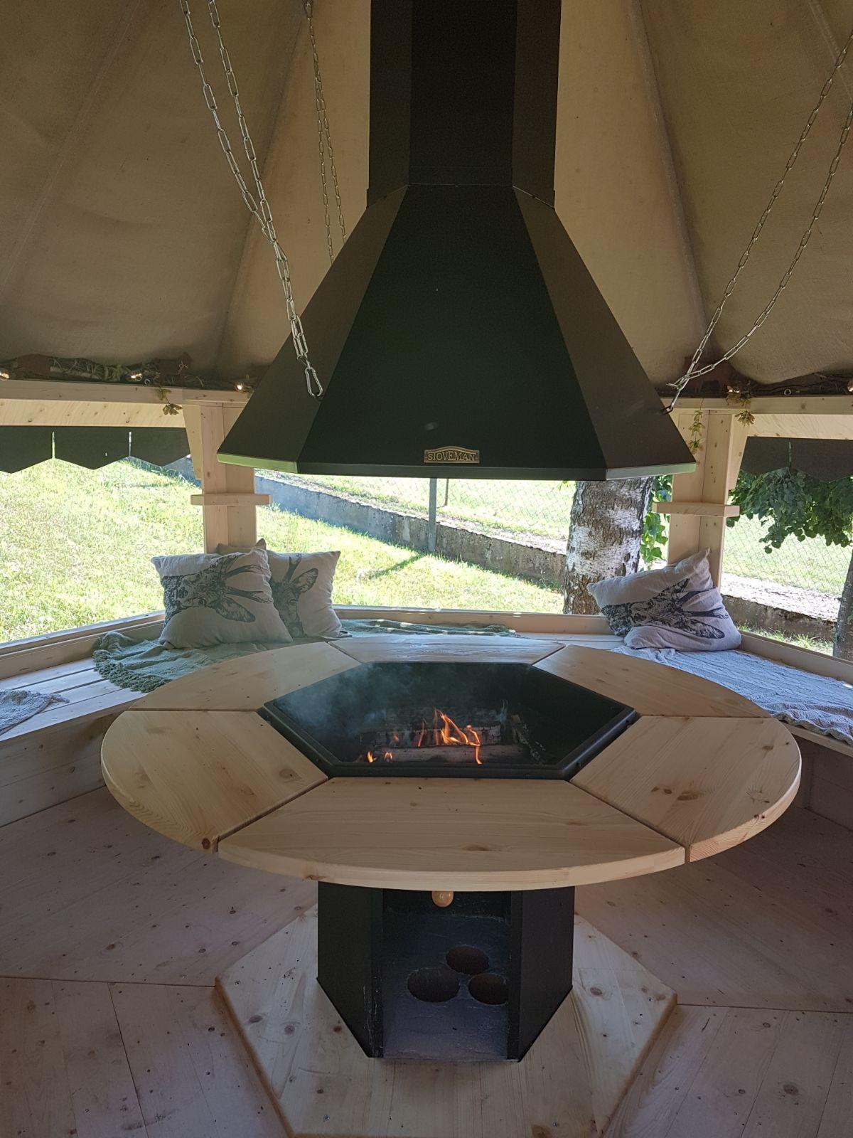 Grillhütte geöffnet