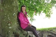 Sabine unter Baum